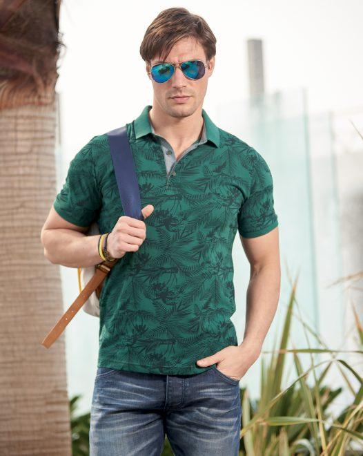 Doğa Baskılı Yakalı T-shirt